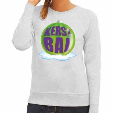 Foute kersttrui kerstbal groen op grijze sweater voor dames