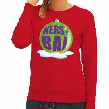 Foute kersttrui kerstbal groen op rode sweater voor dames